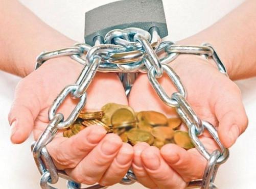 730% годовых: в кабалу к микрофинансовым компаниям попали 2 млн россиян