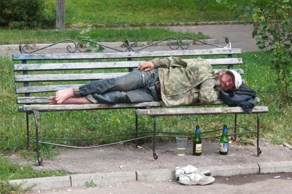 Москву ожидает нашествие бомжей – эксперты