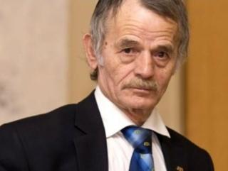Суд Москвы запретил Джемилеву приближаться к России