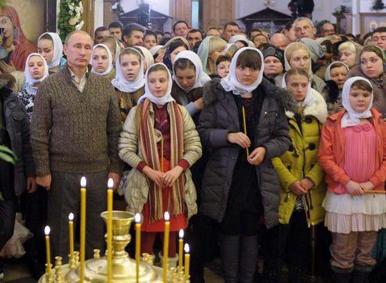 Равиль Гайнутдин попросил президента защитить девочек в платках