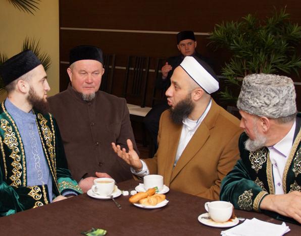 Имамы Татарстана перенимают опыт от известного турецкого богослова