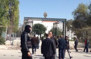Кому был выгоден теракт в Тунисе?