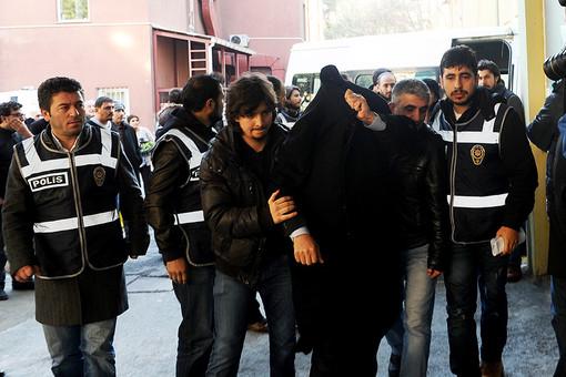 В Стамбуле арестовали трех британцев, направлявшихся в ИГ