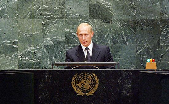 Выступление Владимира Путина на Генассамблее ООН в 2003 году (Фото: Fotobank/Getty Images)