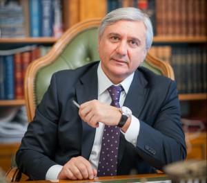 Сенатор Паланкоев – об исламском банкинге как новом веянии в ЦБ