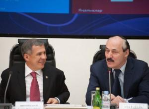 Минниханов и Абдулатипов в лидерах роста среди губернаторов