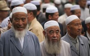 В Китае стали заключать под стражу за бороду и паранджу