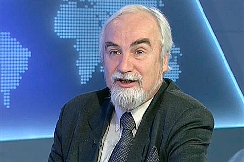 Исламский экстремизм в Таджикистане надуман, считает Аждар Куртов, один из ведущих аналитиков России