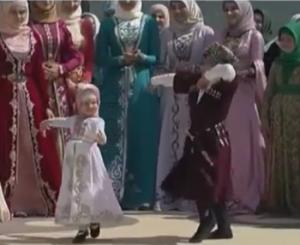 Дети Кадырова стали настоящими джигитами