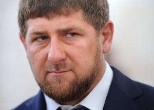 """Кадыров сказал """"пару ласковых"""" за насмешки в адрес новобрачного главы РОВД"""