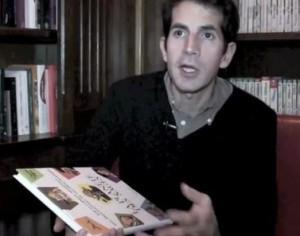 Автора карикатур на Пророка выгнали из страны
