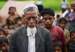 """Мусульмане спасаются от геноцида в """"Исламском государстве"""""""