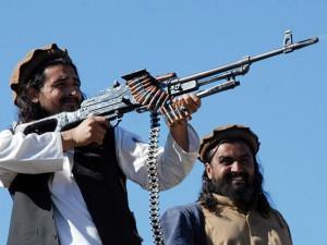 СМИ: Афганские талибы вступили в смертельный бой с ИГИЛ