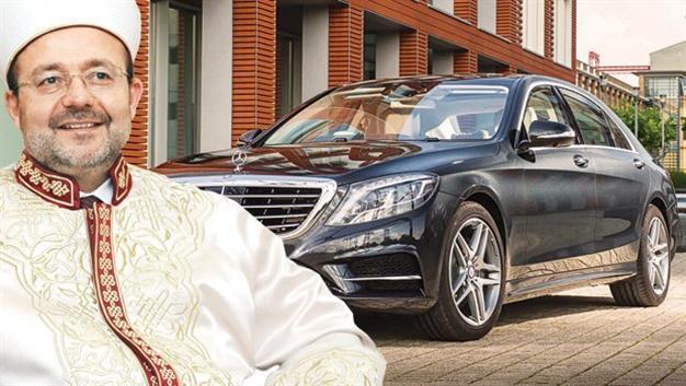 М. Гёрмез и купленный для него автомобиль