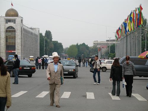 В Киргизии пройдут парламентские слушания об объявлении пятницы выходным днем