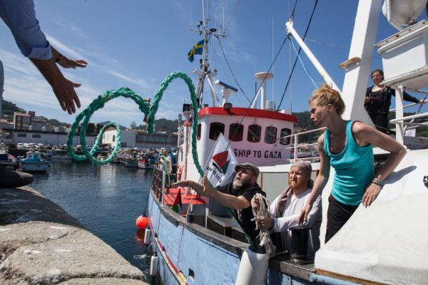 Участники «Флотилии свободы» на корабле «Марианна»