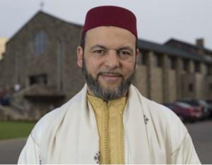 Мусульмане помогли восстановить разгромленную церковь