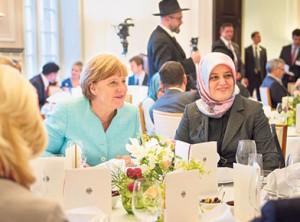 Канцлер Германии впервые в истории посетила ифтар