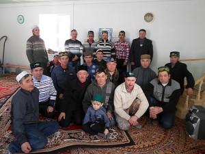 Участники семинара имамов Тевризского района в мечети Кипо-Кулары