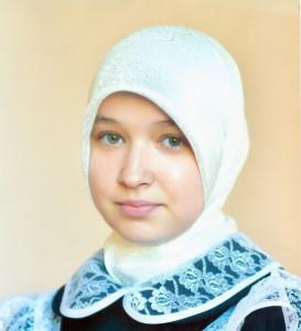 Саранскую школьницу перестали терроризировать за платок?