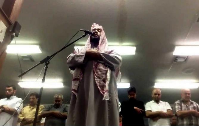 Такого намаза не было за всю историю ислама. Молящиеся потрясены (ВИДЕО)