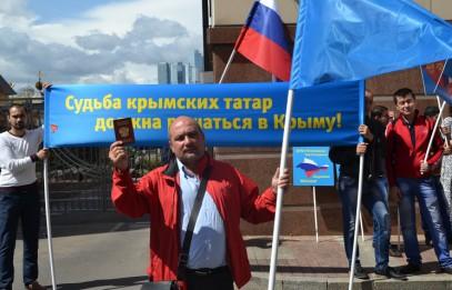Крымские татары призвали Эрдогана не доверять Джемилеву и Чубарову