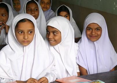 Египетским школьницам запретят хиджаб