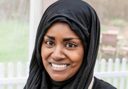 Мусульманка в хиджабе влюбила в себя зрителей реалити-шоу
