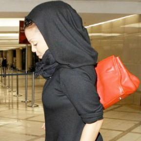 Певица отказалась от сексуальности ради ислама