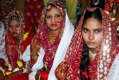 Мусульманка 14 лет судится с мужем-двоеженцем