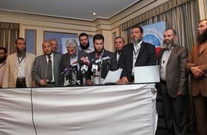 """Сиси """"кинул"""" поддержавших его против Мурси салафитов"""