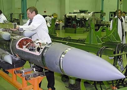 СМИ:  Ракетные заводы РФ работают в режиме нон-стоп из-за операции в Сирии