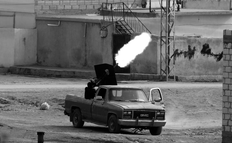 Сирийцы воюют, чем Бог послал
