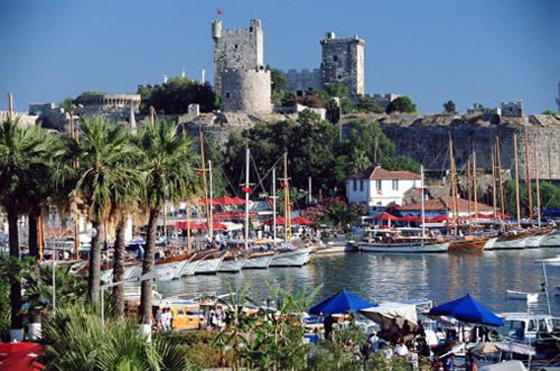 Российские парламентарии предлагают оставить турецкие курорты