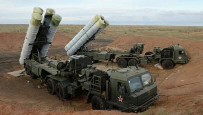 В ВКС рассказали, зачем поставили в Сирию зенитные ракетные системы