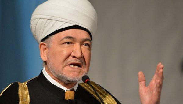Муфтий Гайнутдин попросил дать мусульманам «кусочек земли» в Ленобласти