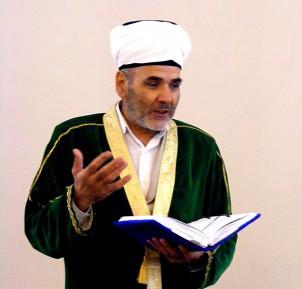 На подмогу имаму Кургана направили Коран-хафиза