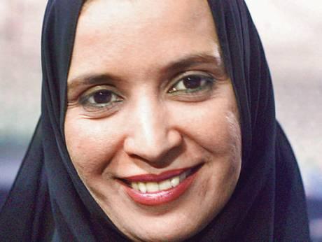 Женщина в хиджабе избрана президентом в мусульманской стране