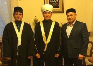 Ильхам Бибарсов (слева)