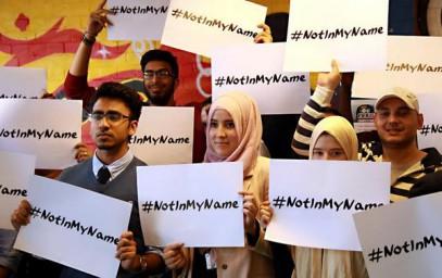 """Флешмоб мусульман """"ИГИЛ – это не мое имя"""" набирает обороты"""