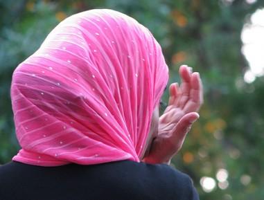 Педагог школьнице-мусульманке: Умри, террористка