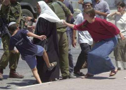 Израиль обрушился на Швецию с критикой за намек о вине евреев в парижских терактах