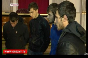 """Задержанные (Фото: скрин с программы телеканала """"Грозный"""")"""