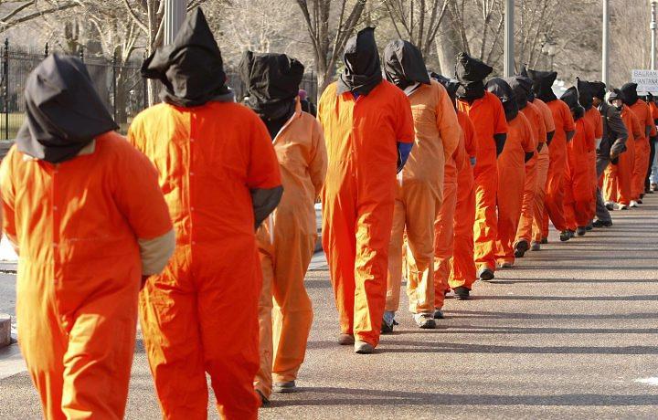 Почему в американских тюрьмах оранжевая форма