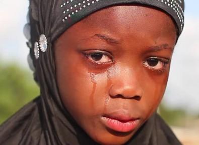 Шестиклассники сорвали с девочки хиджаб