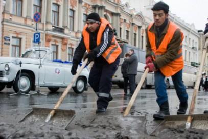 Блогеры обвинили в кризисе мигрантов