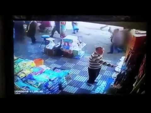 Женщина нанесла обидчику страшный удар кулаком