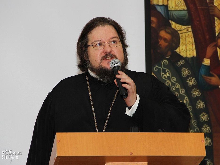 В РПЦ требуют объявлять религиозные организации иностранными агентами