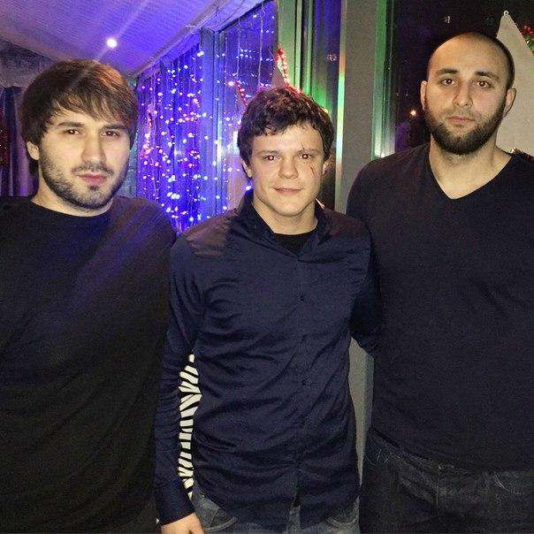 Слева направо: Азамат Минцаев и Александр