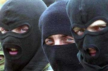 Маски и камуфляж: подробности убийства имама в Хасавюрте